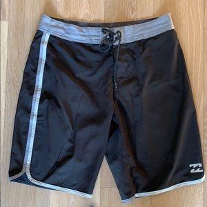 Billabong Platinum X Boardshorts Size 31